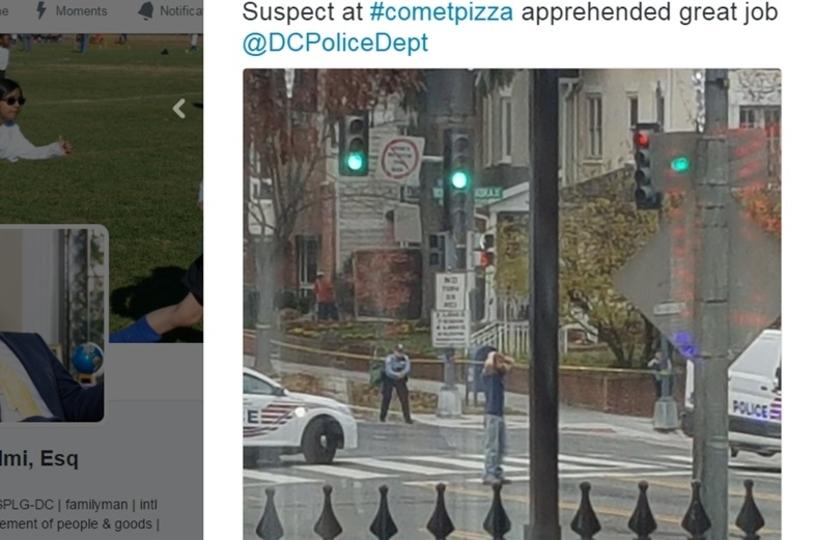 嘘ニュース信者が卓球ピザ屋をライフルで襲撃
