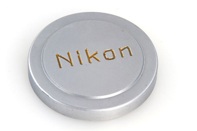 ニコン史上製造3台目のカメラ、オークションで4600万円超で落札3
