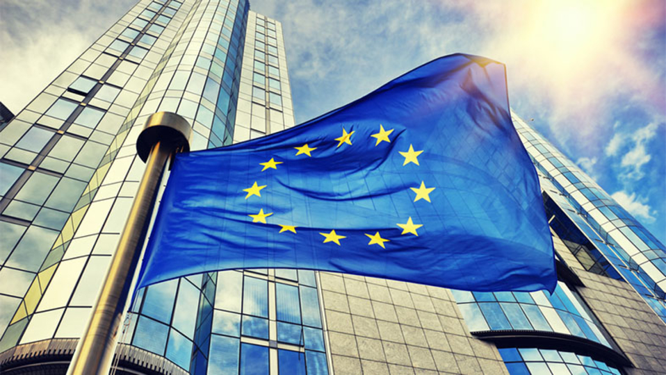 欧州委員会、FacebookやTwitterなどのヘイトスピーチ対応に納得いかず。法制定も視野に