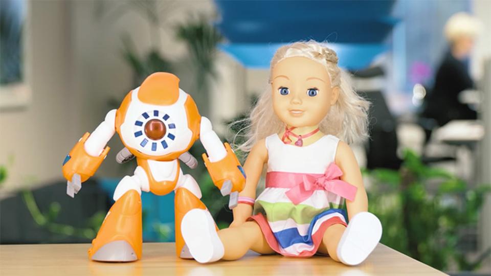 子どもと会話できる人形、第三者が盗聴器にできてしまうことが判明