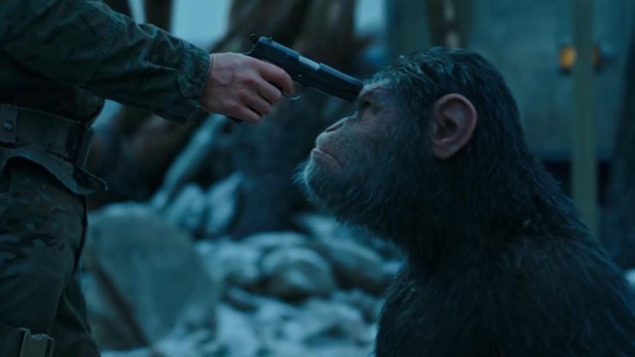 映画『猿の惑星』最新作予告編。猿vs人類の全面戦争がはじまる!