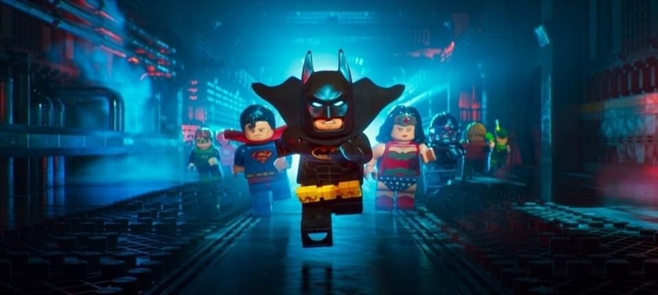 バットマンのファン必見! 『レゴバットマン ザ・ムービー』の超コミカルでマニアックな予告編