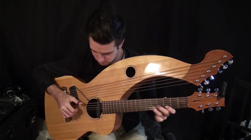 低音があるだけでこんなにグっとくる。 ハープギターでいろんな曲をカバー