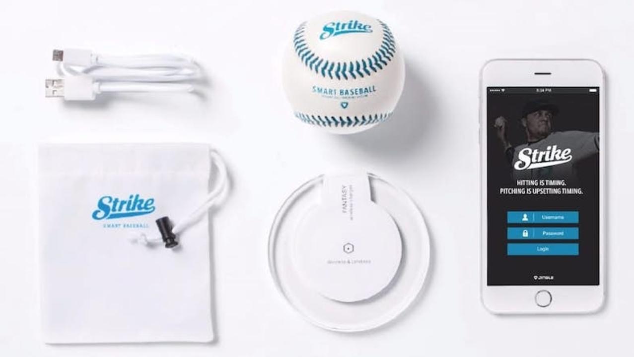 野球もスマートに。ピッチング計測ボール「Strike」