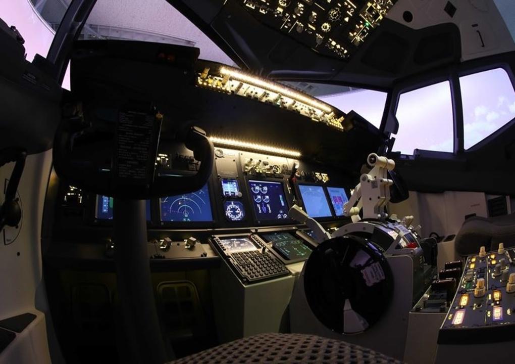 西日本でも飛べます。神戸市にB737シミュレーターを置くテクノバード、2月3日開業予定