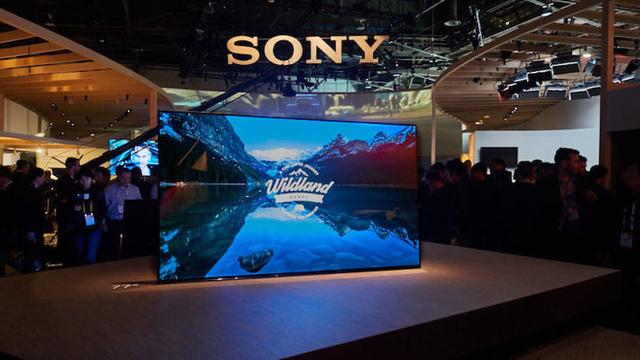 ソニーの新しいBRAVIAは、画面がスピーカー。ディスプレイの振動で音を発生