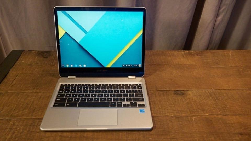 Samsungからタブレットにもなる新Chromebook。書きたいことを先読みする機能も
