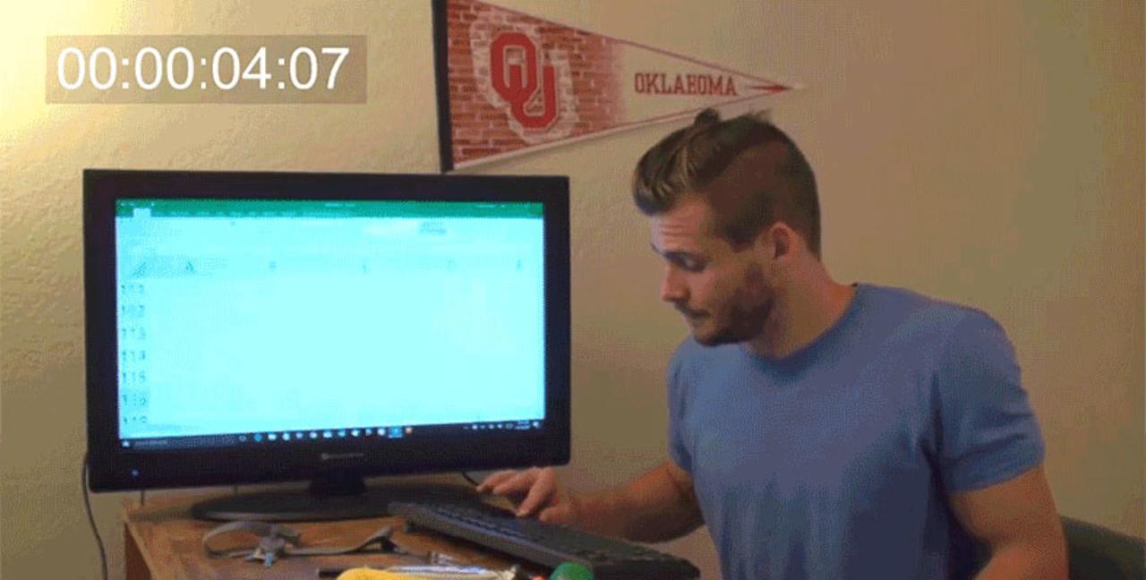ヒーロー誕生! Excelの底を見た男