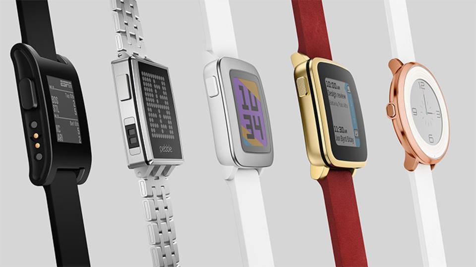 Pebbleファンに光明かも? Fitbitがまたもや別のスマートウォッチメーカーを買収