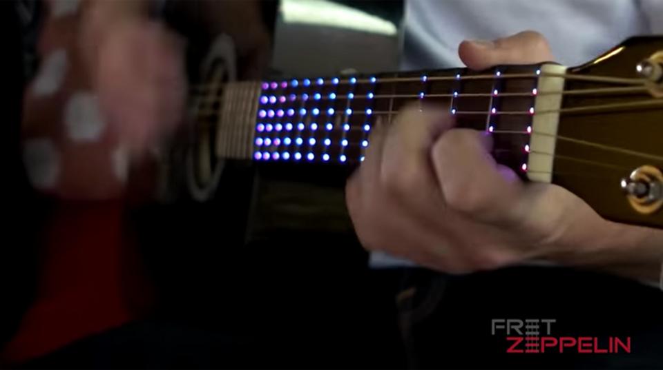 ギターを練習するのが楽しくなるお助けアイテム「Fret Zeppelin」