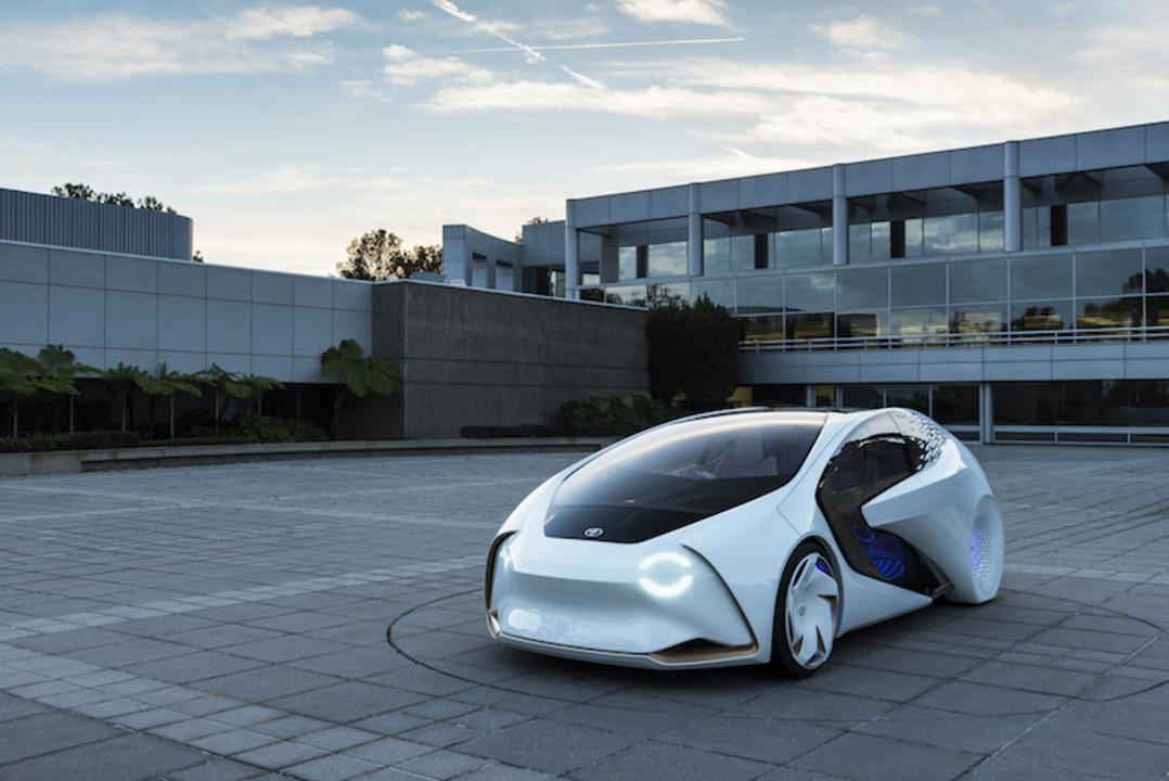 トヨタのコンセプトカー「CONCEPT-愛i」は、人工知能「yui」を搭載したパートナー