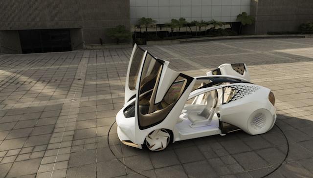 トヨタのコンセプトカー「CONCEPT-愛i」は、人工知能「yui」を搭載したパートナー3