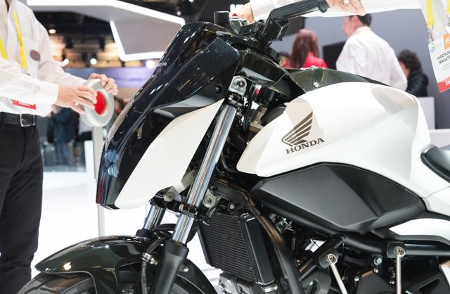 Hondaの倒れない二輪車はまさに革命。その詳細技術に迫る #CES2017 4