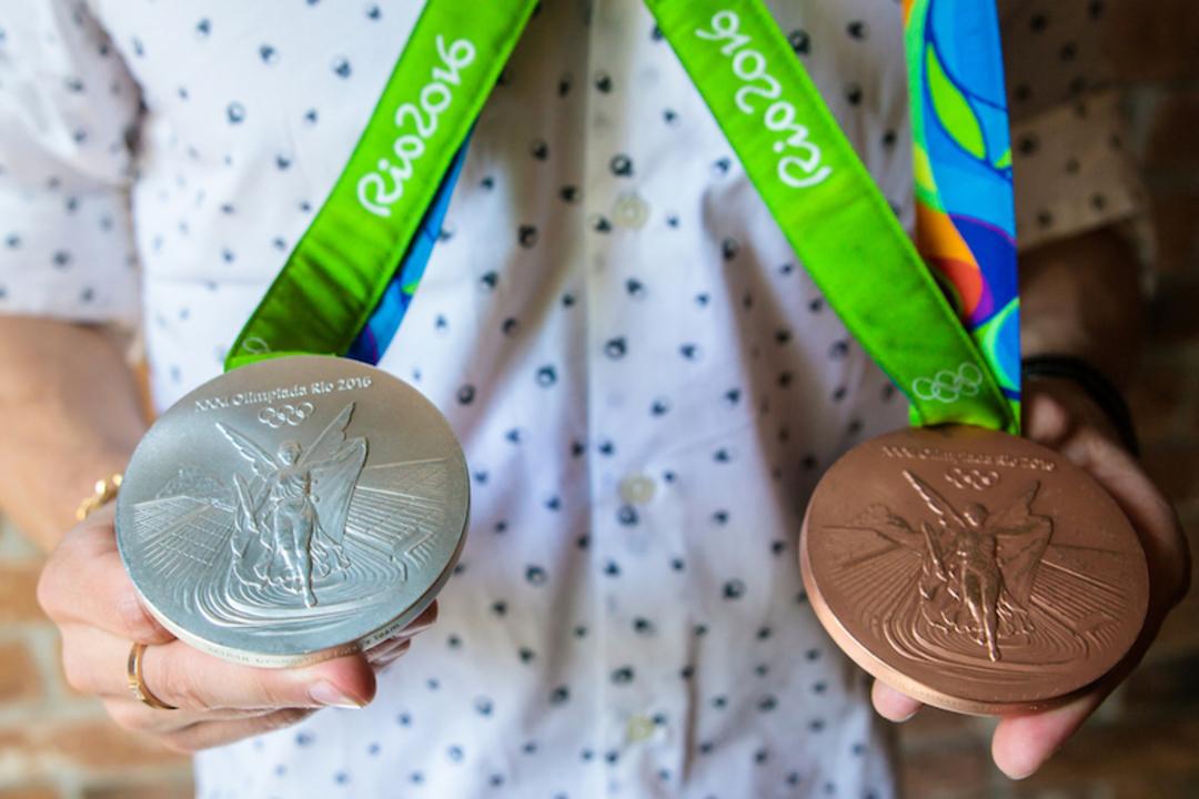 エコ五輪へ。中古の携帯電話やパソコンが東京五輪のメダルになります