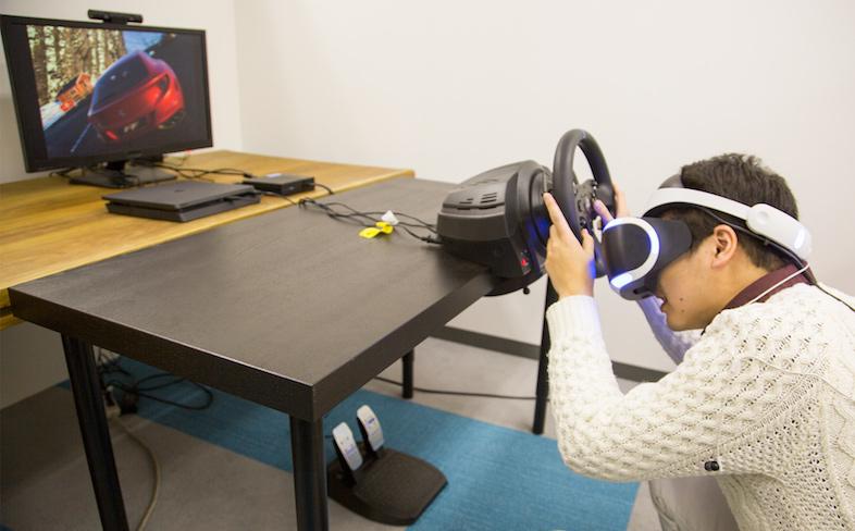 PlayStation VR『DRIVECLUB VR』を非ゲーマーの車好きに遊んでもらった:「永遠に楽しめる」5