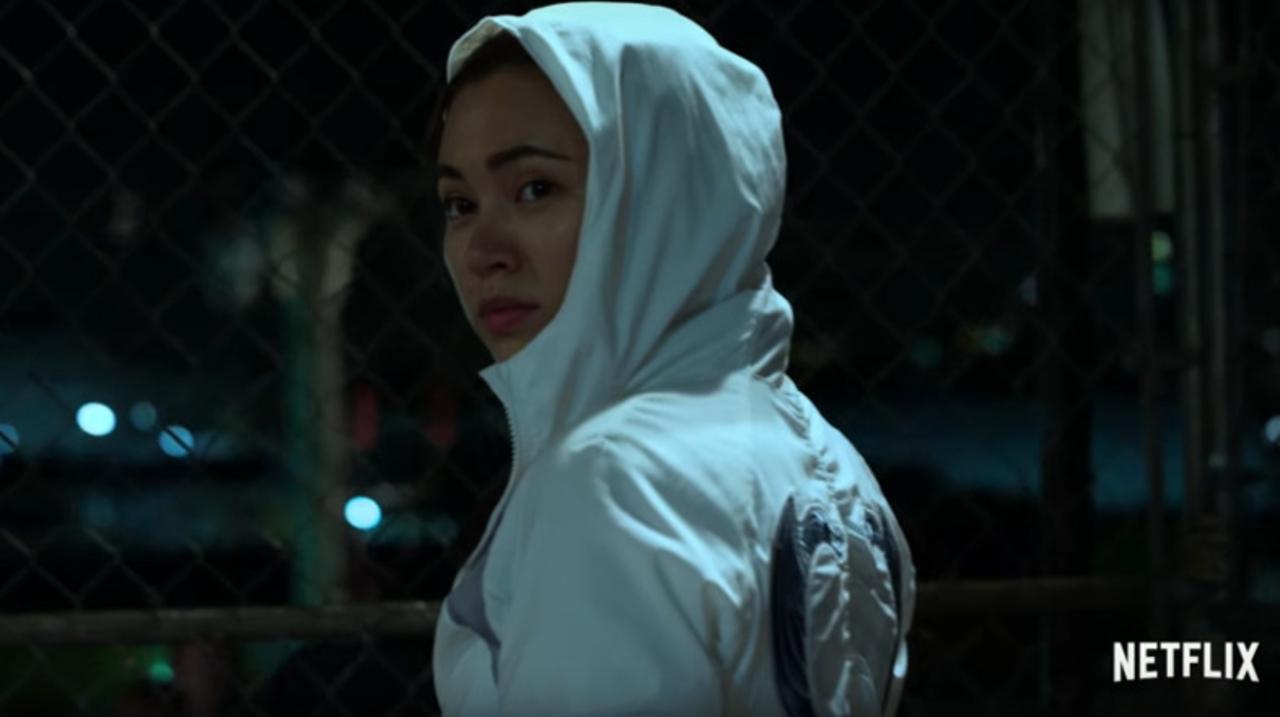 Netflixドラマ『アイアン・フィスト』に登場する新キャラ、コリーン・ウィングの金網バトルシーン