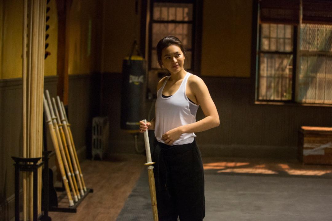マーベル×Netflixのドラマ『アイアン・フィスト』ジェシカ・ヘンウィック&スタント・コーディネーターにインタビュー:「超能力のない、強い女性という点が気に入っている」