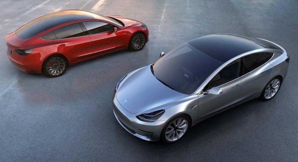 Tesla、電気自動車「Model 3」テスト生産を今月にも開始か