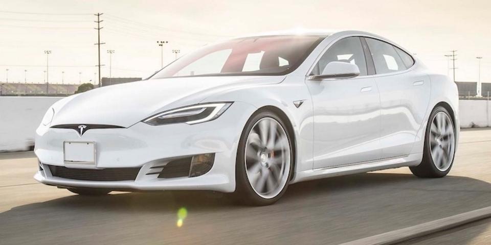 テスラ「Model S P100D」0-100km/h加速で2.28秒というとんでもない記録を叩き出す