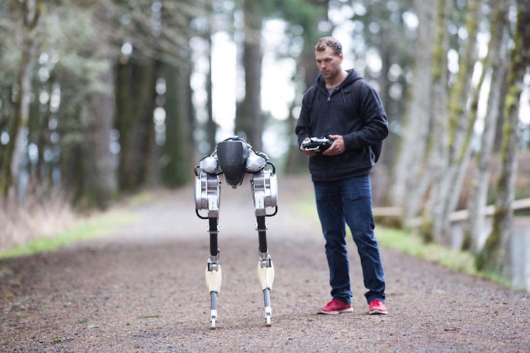 蹴られても平気。新二足歩行ロボット「Cassie」発表&一般販売へ