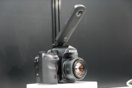 「THETA S」と一眼カメラのタッグ。お互いの得意分野をMIX #CPplus