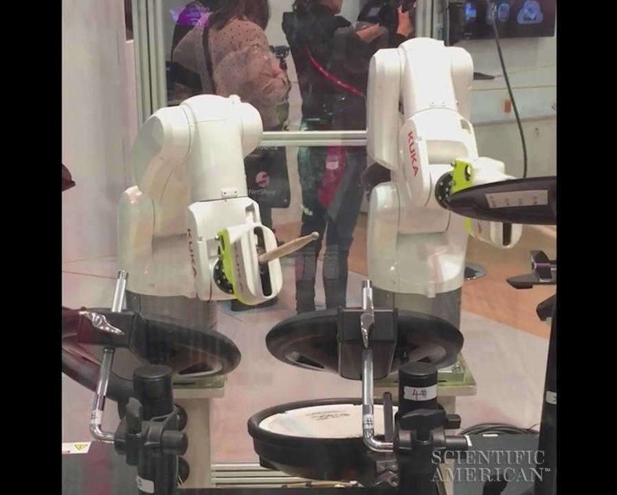 完全ワイヤレスでヘヴィメタルがいけそうなロボット・ドラマー