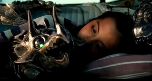 映画『トランスフォーマー/最後の騎士王』テレビスポット。強き少女とダイノボットが登場!