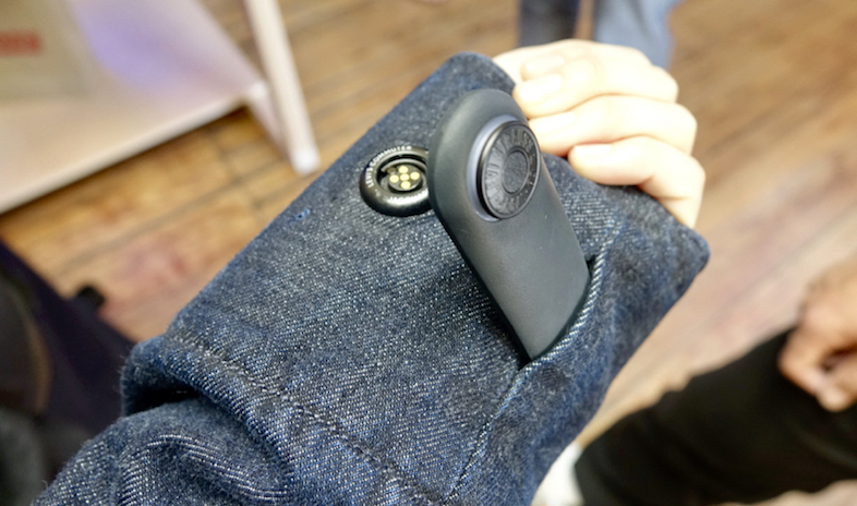 Levi'sとGoogleのコラボがクール過ぎる。タッチセンサー付のデニム・ジャケットでスマートに風を切れ3