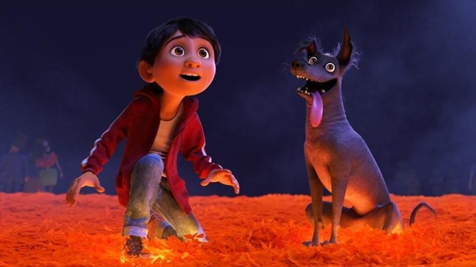 ピクサー最新作『ココ/Coco』ティザー映像。テーマは「死者の日」とギター少年