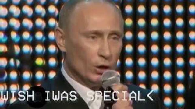 プーチン大統領がレディオヘッドの名曲『Creep』を熱唱?