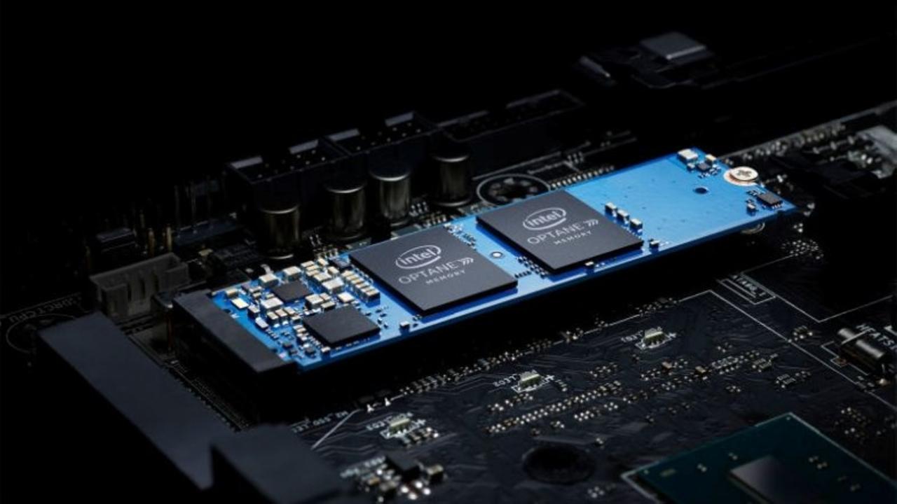 Intelの新しいメモリー「Optane」HDDでもSSD級に速くなるってどういうこと?