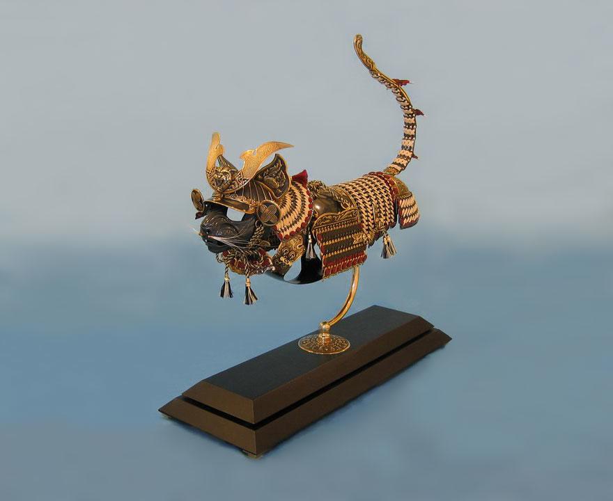 こ、これは、ニャんともかっこいい猫の鎧だニャ!5