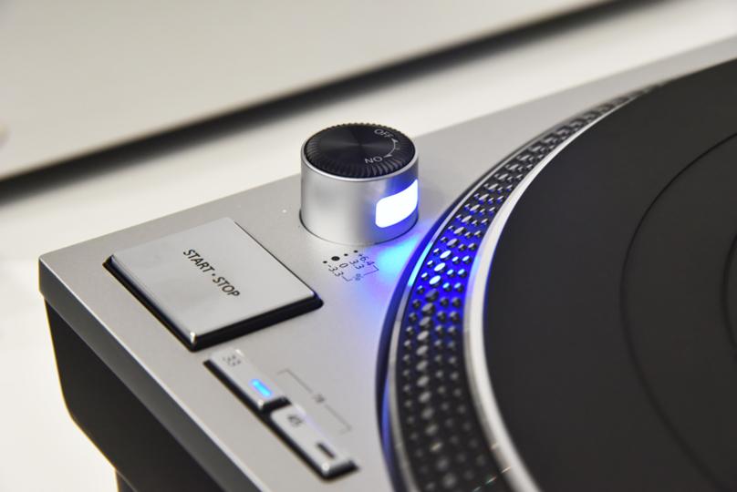 新生テクニクスから14万8000円の「SL-1200GR」。買える? 買えない?