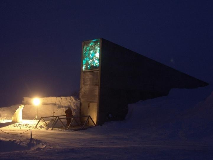 種子銀行につづき、ノルウェーに世界の重要データを500年以上保存できる施設が登場