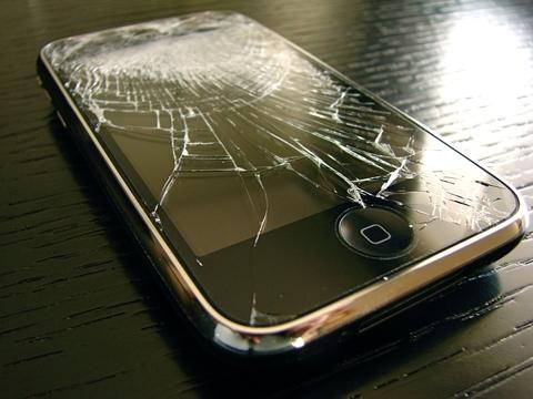 オーストラリア、サードパーティの修理が理由のiPhone文鎮化は不当とAppleを訴える