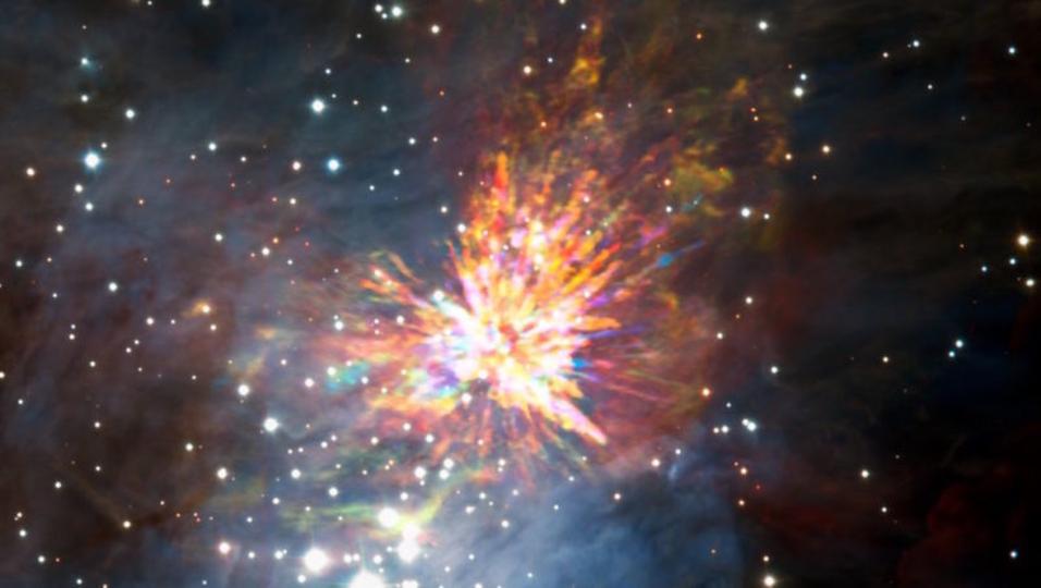 2つの赤ちゃん星の衝突は、美しく火花を散らす花火のよう