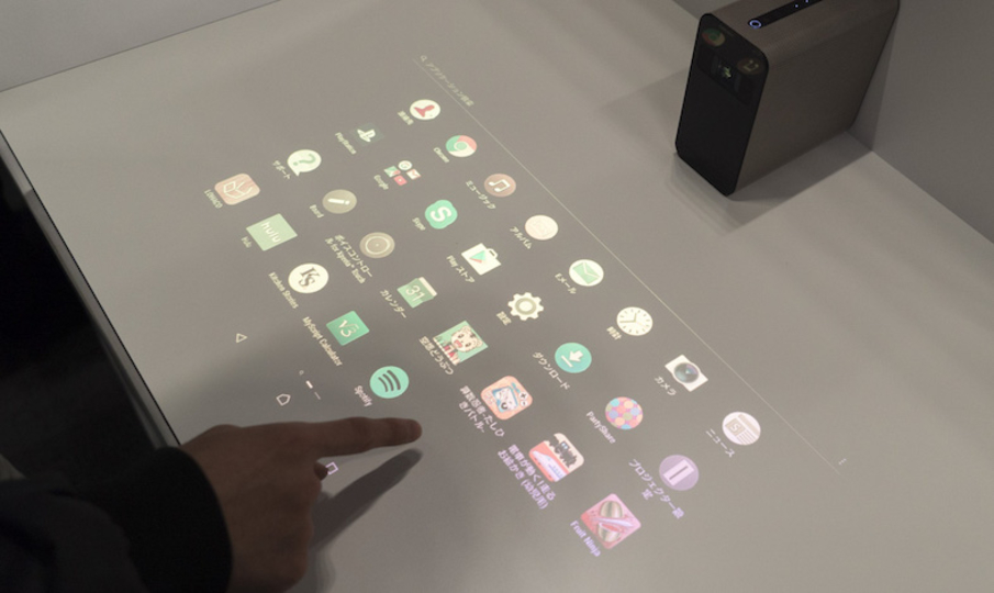 「Xperia Touch」ファーストインプレション:家にでっかいスマホがやってきた