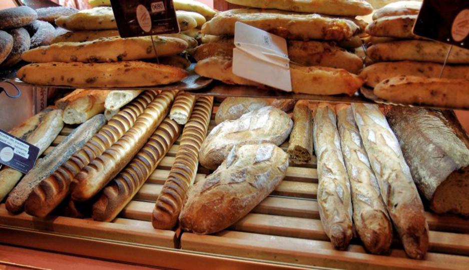 ハード系のパンが好き? ふわふわソフトなパンが好き?