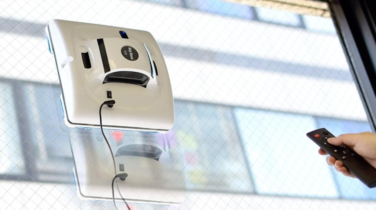 窓掃除はロボット化できるんです。窓に吸い付く家庭用お掃除ロボが登場