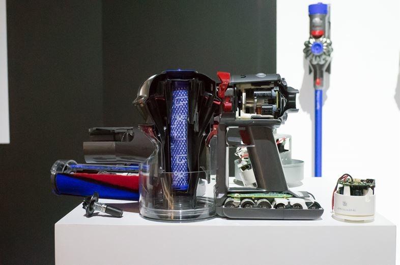 「Dyson V7」は、ハイエンドV8の機構を取り入れた、ウェルバランスなミドルレンジコードレス掃除機3