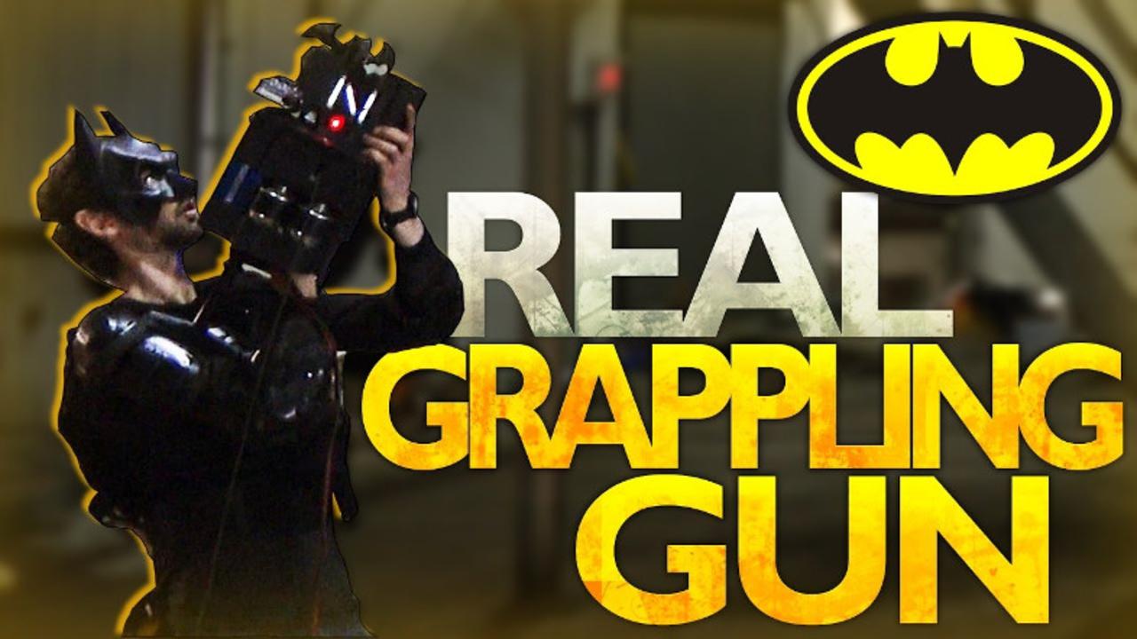 バットマンの「グラップリング・ガン」を実際に作ってみる実験