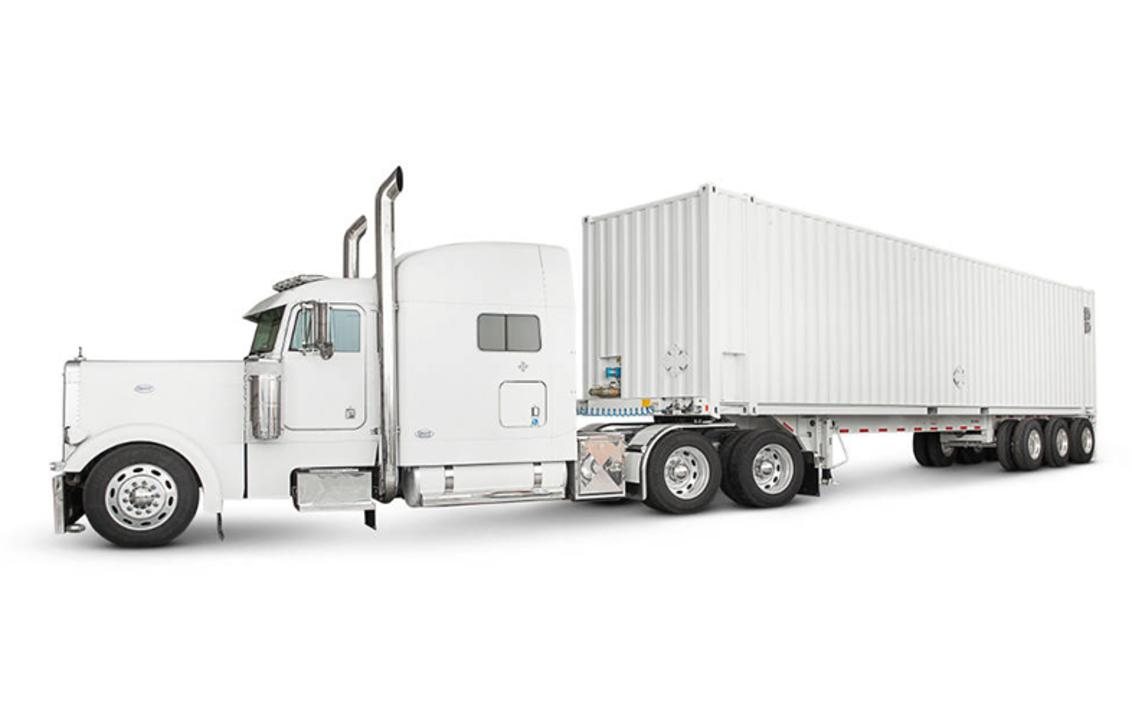 アナログ万歳! 100ペタバイトのデータをトラックで運ぶ、Amazonのクラウドサービス