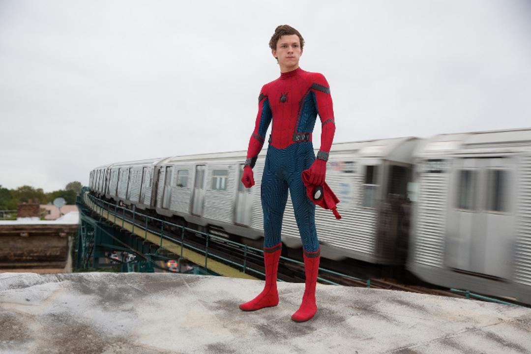 映画『スパイダーマン:ホームカミング』最終予告編。シビル・ウォーの間に隠し撮り!?