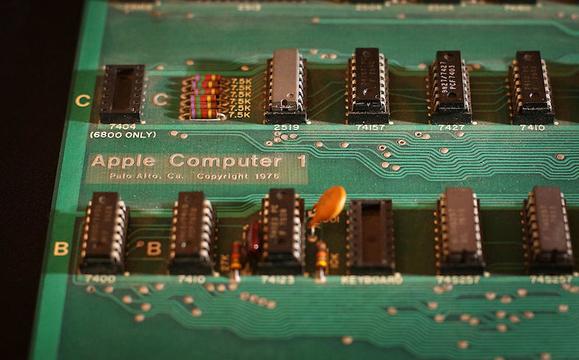 起動する超レアな「Apple I」のオークション、思っていたよりも高値つかず…