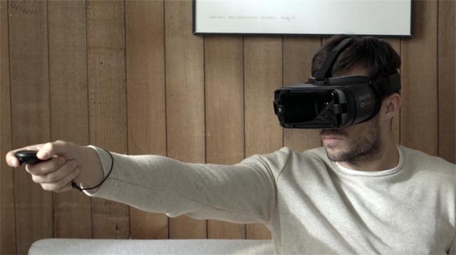 ケーブルの呪縛から放たれ、魔法の杖(コントローラー)も完備。VRの未来が見える「Galaxy Gear VR with Controller」