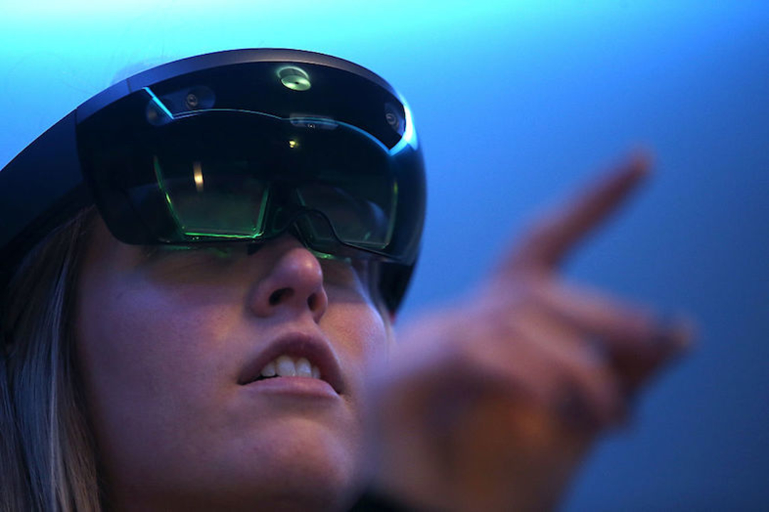 HoloLensってどうなってるの? いつ遊べるの?