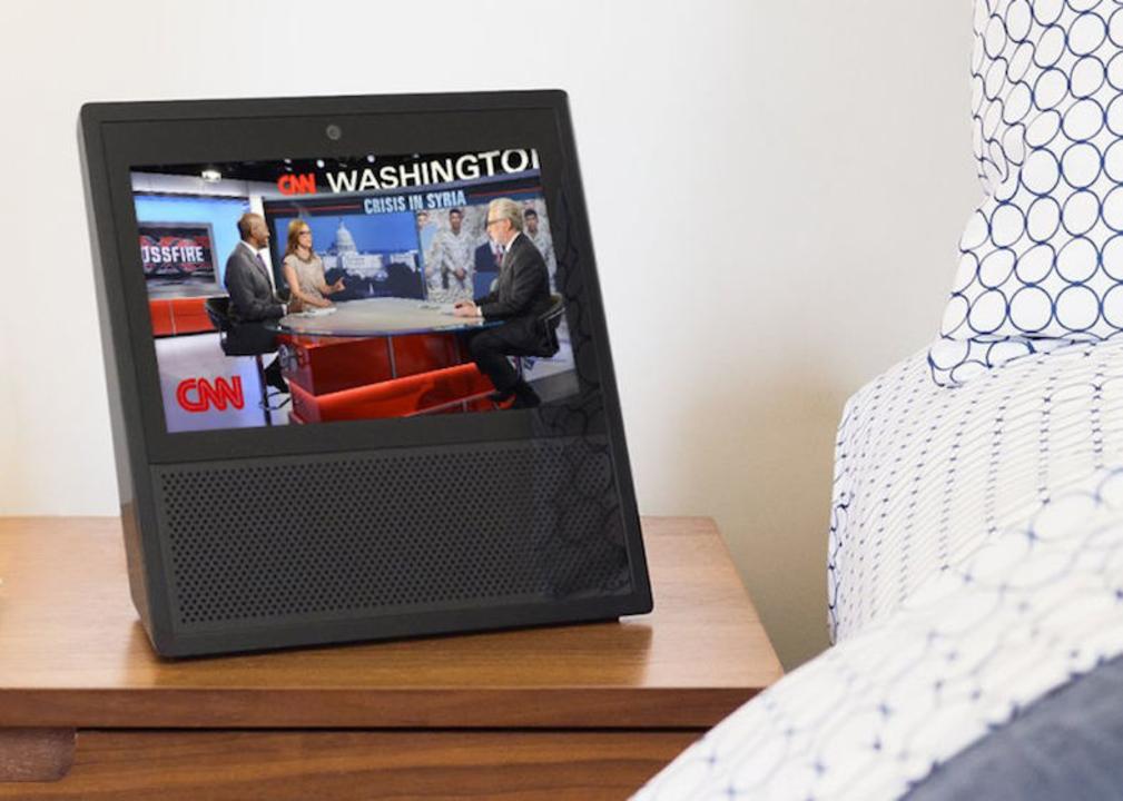 タッチスクリーン搭載! Amazonの「Echo Show」誕生です