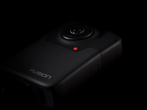 チラ見せだったGoProの全天球カメラ「Fusion」、ルックスが明らかに