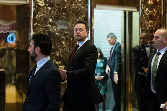 Teslaのイーロン・マスク氏、トランプ大統領の諮問委員会を辞任
