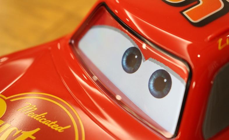 カチャウ!Spheroの最新おもちゃは『カーズ』のライトニング・マックィーン5